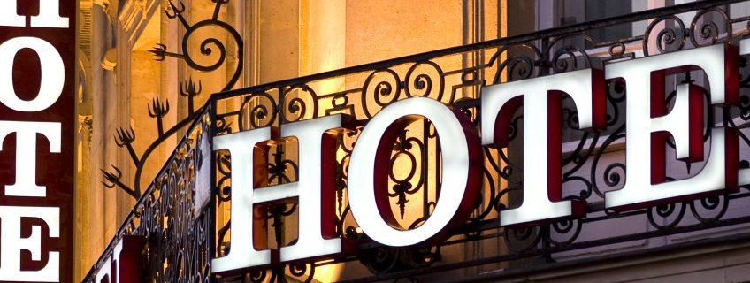 Stundenhotels vs. Luxushotels