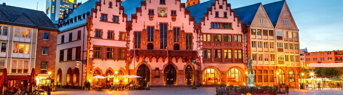 Unser Escort Frankfurt vermittelt traumhafte Escort Girls